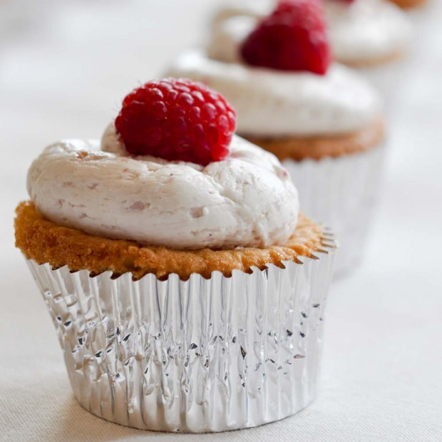 Raspberry White Chocolate Coconut Cupcakes