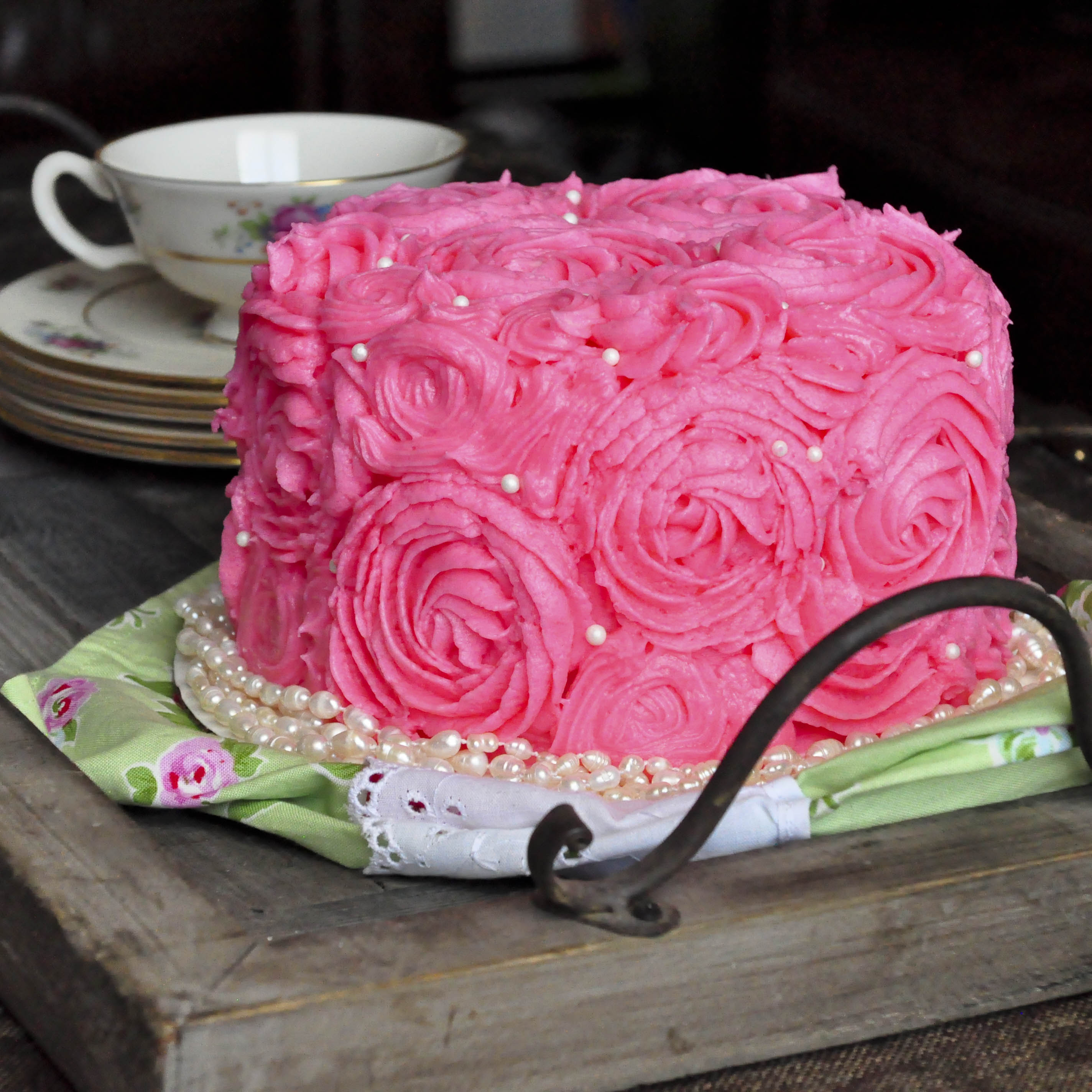 Pink Rose Cake Images : Pink Rose Bouquet Cake - Foods of Our Lives : ?????????? ...