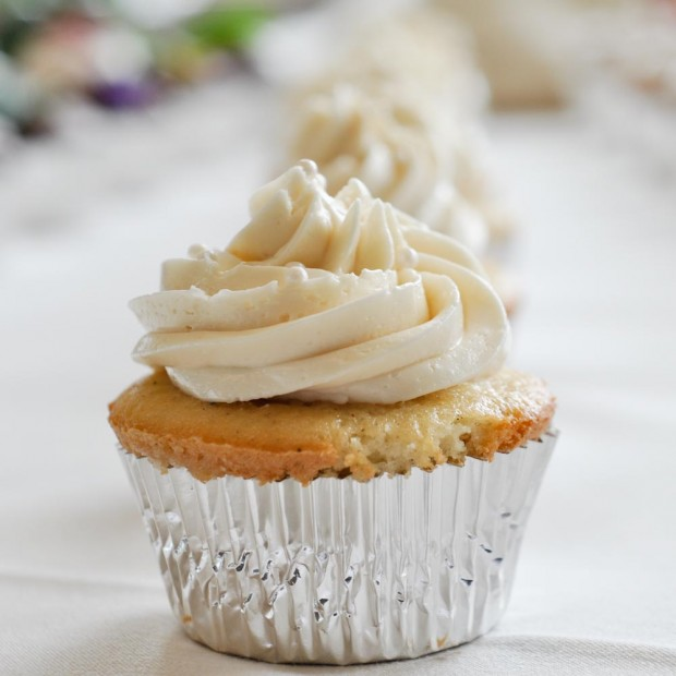 best vanilla bean wedding cake recipe vanilla bean cupcakes foods of our lives 11384